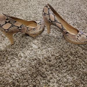 Nurture Snakeskin Print Heel / Perfect Condition